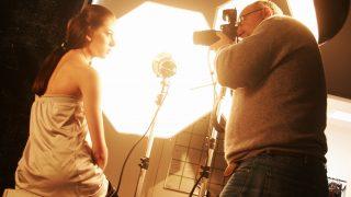 Danilo Russo lança guia completo sobre Iluminação na Fotografia em palestra ao vivo